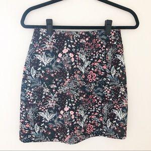 H&M | NWOT Floral Mini Skirt